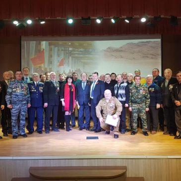 Вручение медалей в Михайловске